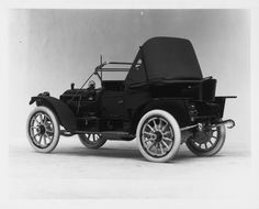 1911 Packard 30 Model UDS runabout, 4-cylinder, 30-horsepower, 108-inch wheelbase, 2/3-person runabout, fitted with victoria top