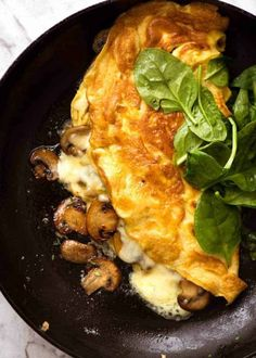 ***********ULTRA LAZY Zucchini Ham Cheese Omelette even when you're half asleep! Fabulous low-carb meal, perfect for a nutritious breakfast. Egg Recipes, Brunch Recipes, Whole Food Recipes, Breakfast Recipes, Cooking Recipes, Healthy Recipes, Asian Recipes, Breakfast Dishes, Recipies