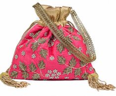 So Cute Potli Purses Designs You Get Swooned with: Flaunt it Wherever You Want to Trendy Purses, Big Purses, Cute Purses, Purses And Handbags, Wedding Accessories, Fashion Accessories, Potli Bags, Western Purses, Luxury Purses