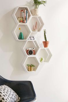 Triple Honeycomb Wooden Shelf - Urban Outfitters