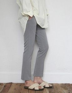 Today's Hot Pick :Basic Stretch Slacks http://fashionstylep.com/P0000VCD/vivaglam7/out High quality Korean fashion direct from our design studio in South Korea! We offer competitive pricing and guaranteed quality products. If you have any questions about sizing feel free to contact us any time and we can provide detailed measurements.