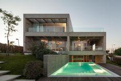 C P House by Goncalo das Neves Nunes_01_delood.jpg