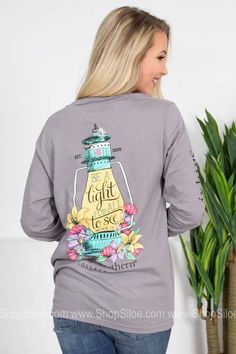 Be a Light  | Light Grey | Simply Southern Southern Sayings, Simply Southern Tees, Southern Belle, Dressed To Kill, Fashion Brand, Long Sleeve Shirts, Scoop Neck, Graphic Sweatshirt, Sweatshirts