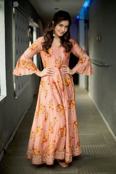 Raashi Khanna stills from Adanga Maru promotions - South Indian Actress Indian Gowns Dresses, Indian Fashion Dresses, Indian Designer Outfits, Indian Outfits, Designer Anarkali Dresses, Designer Party Wear Dresses, Kurti Designs Party Wear, Long Gown Dress, The Dress
