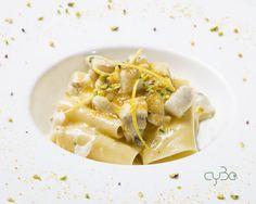 """Così iniziamo la settimana:  """"Paccheri al ragù bianco di spigola, bottarga, limone e granella di pistacchio"""".  Buona cena a tutti! #cyboroma #cybo #roma #rome #ristorante #romerestaurant #discoverrome #italian #romacentro #italianfood #mediterraneanfood #ciboitaliano #italyfoodporn #buonappetito"""