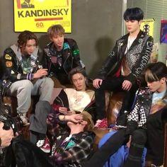 Neo Grunge, Emo, Nct 127, Indie Kids, Kpop Aesthetic, Kpop Boy, Taeyong, K Idols, Jaehyun