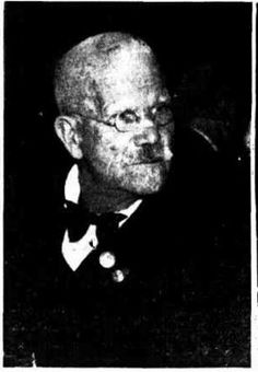 1938 Mr A H Enever, aged of Maryborough who served in the Queens Regiment. Military Personnel, Military Veterans, King Company, Veterinary Surgeon, Victoria Reign, Brisbane, Queens, Empire, Age