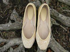Women's Handmade Shoes Bombay Pump  ivory by zhivagosEmporium, €70.00