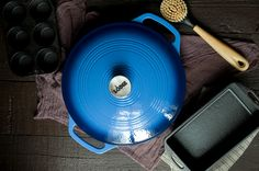 Giveaway (ends July 6th 2015): Win the best cast iron baking gear from MightyNest! {Via Savory Simple}