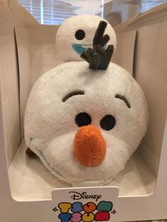 Disney subscription package frozen small olaf mini snowgie tsum set new with box