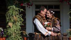 Letiția și Octavian. Nuntă tradițională în Vama, Bucovina. Costumes, Traditional, Dress Up Clothes, Fancy Dress, Men's Costumes, Suits