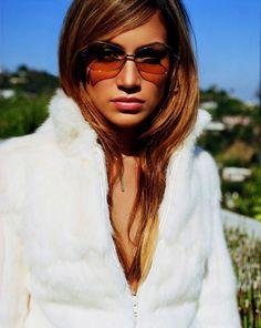 Jennifer lopez early 2000s old school sunglasses