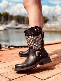 Biker Boots Donna con Borchie in Pelle Nera Made in Italy