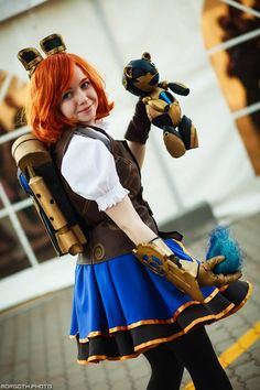 Hextech Annie cosplay by Quee