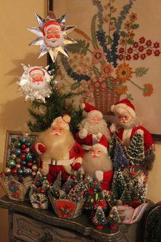 love this little corner of Santa land