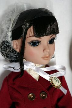 Wilde Imagination ~JuST iN TiMe~ Ellowyne Wilde DoLL Brand New, never Removed from box Doll, Box, Outfit, Poem. Stand, Shipper. Carefully packaged and shipped to you. SOLDOUT at Wilde and so very awesome! Click the pix to take you to her. Steampunk INSPIRED!