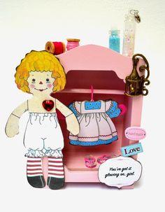 Scrap decor paper doll