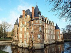 Château de Combreux (Loiret) — 16th Century. France. Castle. Kasteel. Schloss. Castillo.