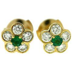 Van Cleef & Arpels Emerald Diamond Gold Floral Motif Earrings
