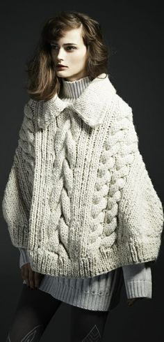 Motohiro Tanji | Designer Knitwear Fashion, Knit Fashion, Crochet Cardigan, Crochet Lace, Girls Sweaters, Sweaters For Women, Cable Knit Blankets, Knit World, Knitted Cape