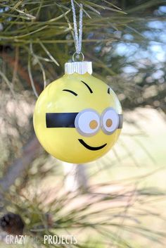 Cute Minion Ornament PLUS 50 other Adorable Handmade Christmas Ornaments!