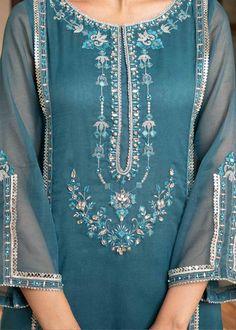 Fancy Dress Design, Fancy Blouse Designs, Stylish Dress Designs, Embroidery Suits Design, Embroidery Fashion, Embroidery Designs, Border Embroidery, Fancy Wedding Dresses, Pakistani Fashion Casual