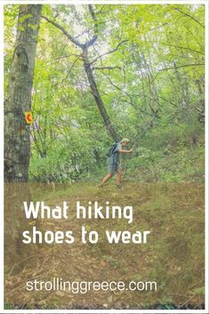 Many trips have been spoiled by blisters or scrunched toes. You don't want that for yourself, your friends or kids. Backpacking Tips, Hiking Tips, Hiking Gear, Cute Hiking Outfit, Trekking Outfit, Climbing Outfits, Hiking Europe, Travel Europe, Best Hiking Shoes