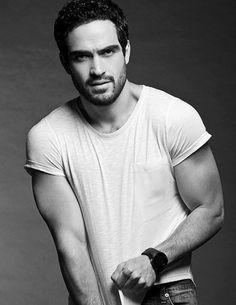 ¡Qué viva México!//#famosos #celebrities #guapos #ellos #fotos