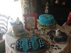 Alice in wonderland baby shower cake and desert table  www.leilahscupcake.blogspot.com