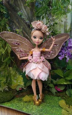 Fairy Dress Clothing for Ever After High and Monster High Dolls Monster High Custom, Never Grow Up, Ever After High, Fairy Dress, Monster High Dolls, Custom Dolls, Doll Toys, Custom Clothes, Fairies