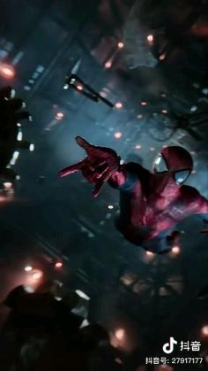 Spiderman Gif, Amazing Spiderman, Marvel Avengers Movies, Superhero Movies, Man Wallpaper, Marvel Wallpaper, Fancy Video, Iron Man Art, Cool Pictures Of Nature