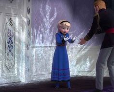 <b>Puffy-sleeved ball gowns FTW. Frozen Disney, Disney Pixar, Princesa Disney Frozen, Best Disney Movies, Elsa Frozen, Disney And Dreamworks, Disney Love, Arendelle Frozen, Frozen 2013