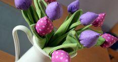 Selbstgenähte Tulpen - ein ganzer Strauß davon- spuken mir schon längere Zeit im Kopf herum. Nun habe ich es endlich in Angriff genommen und...