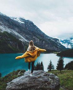 adventure and wanderlust Photography Poses, Travel Photography, Places To Travel, Places To Go, Shotting Photo, Photographie Portrait Inspiration, Poses Photo, Foto Blog, Foto Instagram