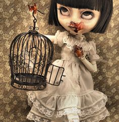 AWESOME!!!!!!! <3 ***** The Maiden and the Bird  custom Pullip doll by Bloodberry Jam