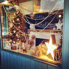 Christmas window display   LITTLE PAPER LANE   www.littlepaperlane.com.au