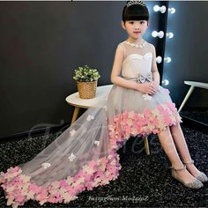 Magbridal Cute Tulle Jewel Neckline A-line Flower Girl Dresses With Handmade Flowers & Beadings Gowns For Girls, Tutus For Girls, Little Girl Dresses, Girls Party Dress, Baby Dress, Flower Dresses, Prom Dresses, Fall Flower Girl, Outfits Niños