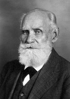 Ivan Pavlov fisiólogo de nacionalidad ruso que formuló la ley del reflejo condicional y nos habla también del estímulo respuestas, teorías experimentadas con perros y campanas a la hora de ir a comer.