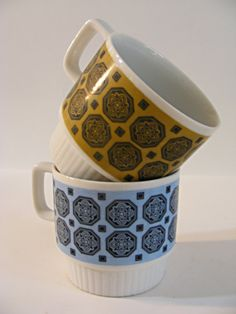 Stacking mug set of two by ScribbleFitz on Etsy, $10.00