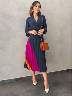 59 Ideas Style Hijab Casual Color Combos For 2019 Modest Wear, Modest Outfits, Skirt Outfits, Classy Outfits, Beautiful Outfits, Muslim Fashion, Modest Fashion, Fashion Outfits, Style Fashion