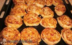 Pizzás csiga recept fotóval Pizza, Muffin, Breakfast, Ethnic Recipes, Food, Morning Coffee, Essen, Muffins, Meals