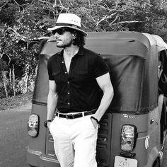 Mario Cimarro (@MarioCimarro) | Twitter Sam Claflin, Many Faces, Physique, Casual Looks, Panama Hat, Tatoos, Cowboy Hats, Eye Candy, Crushes