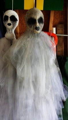 float evil entity Halloween ghost decor ideas that you will need in 2015 - LoveItSoMuch.com