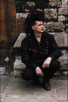 Trad goth man
