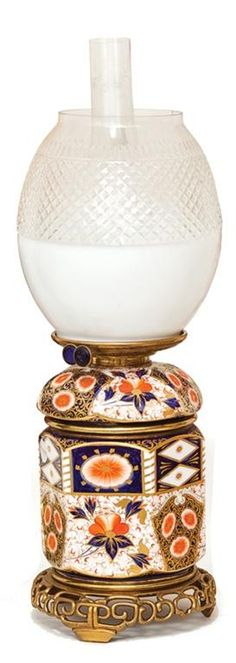 An Imari ceramic vase oil lamp with opaque and cut glass shade,… - Lamps - Kerosene/Oil -
