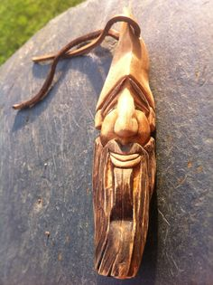 ALL THINGS BUSHCRAFT: TUTORIAL: Wood Spirit Carving in Pear Wood