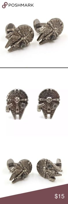 Coming soon ⚡️Star Wars Fighter Warship Cufflinks Product Name: New Design Star Wars Vintage Gothic Fighter Warship Cufflinks High Quality Retro Shirt Brand Cuff Buttons Cuff Links Gender:  Women, Men High: 2.2Cm, Wide: 1.5Cm Weight: 14g Metal type: zinc alloy  Without gift box Due to the light and screen difference, the item's color may be slightly different from the pictures Accessories Cuff Links