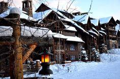 Good morning from Mountainside Terrace at @Matty Chuah Ritz-Carlton Bachelor Gulch in Beaver Creek, Colorado! pic.twitter.com/kvplABjJGP