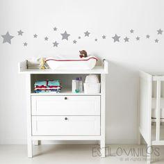 Simpática guarda infantil de estrellas, para pegarla como en la propuesta e la foto o creando tu propio diseño.