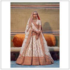 Indian Designer Outfits, Indian Outfits, Ethnic Outfits, Indian Clothes, Designer Dresses, Sabyasachi Collection, Sabyasachi Sarees, Indian Princess, Indian Bridal Lehenga